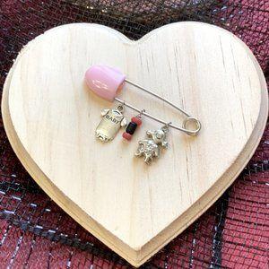 Azabache baby girl 👧🏻 protection brooch pin 🧷